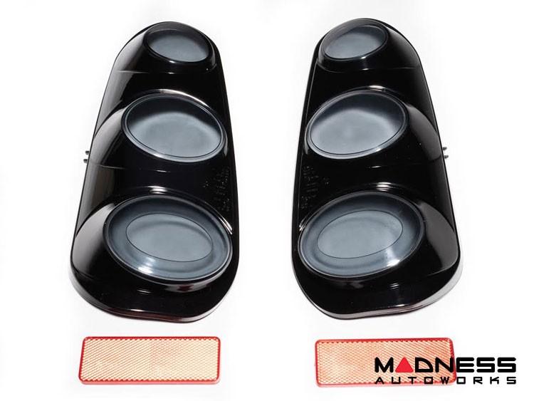 smart fortwo Tail Light Housing Kit - 450 model - Black
