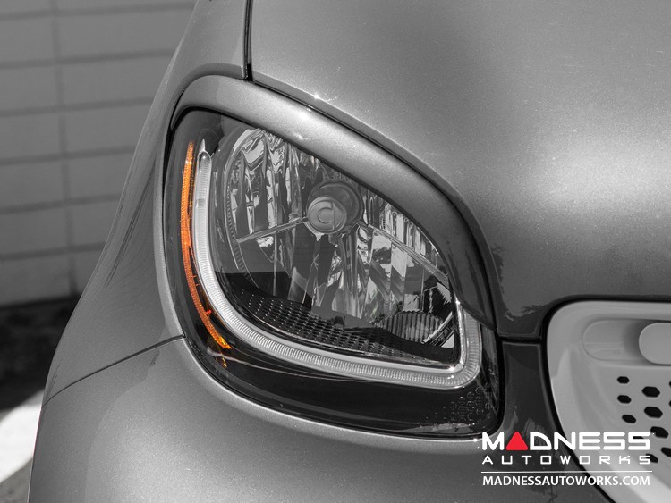 smart fortwo Eyebrows/ Headlight Trim - 453 model - Cool Silver