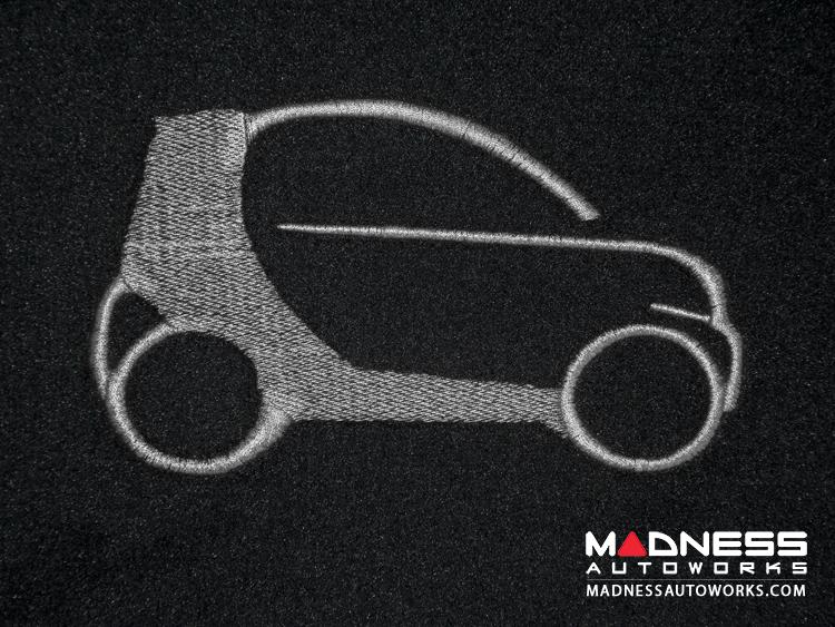 smart fortwo Custom Floor Mats - 453 model - LUXUS - Black Binding w/ smart silhouette