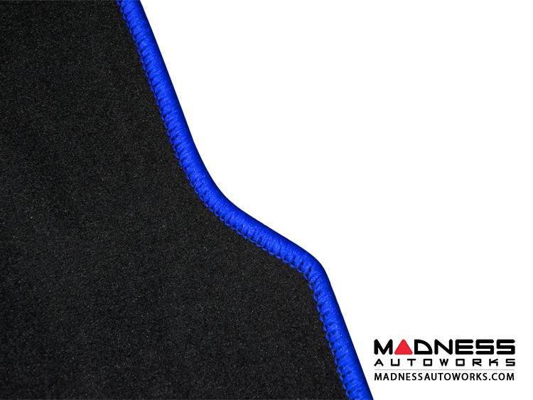smart fortwo Custom Floor Mats + Cargo Area Mat - 453 model - LUXUS - Blue Binding w/ smart silhouette