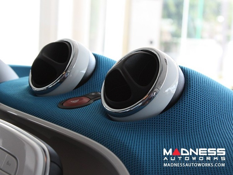 smart fortwo Ventilation Chrome Trim Ring Kit - 453 model