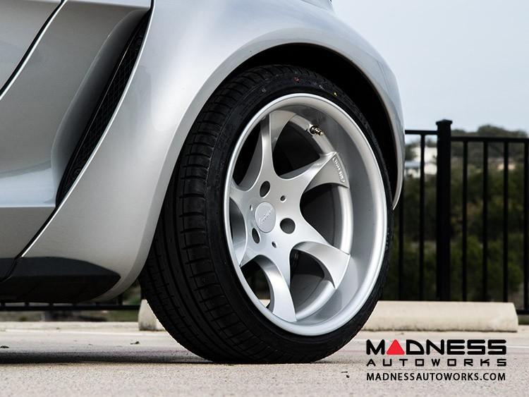 smart fortwo Custom Wheels - 451 model - Lorinser - Wide Body - Brilliant Silver Finish (Set of 4)