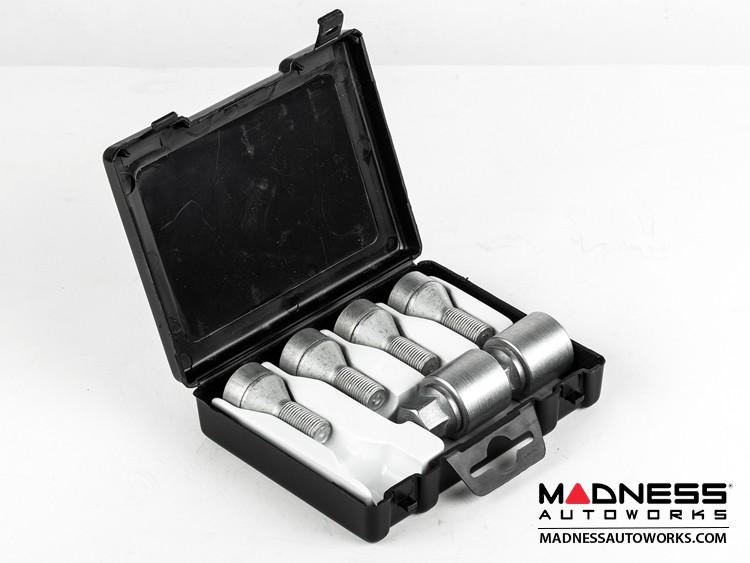 smart fortwo Lug Bolt and Lock Set - 451 model - Farad - Set of 12 - M12x1.5 - Ball Seat - Silver