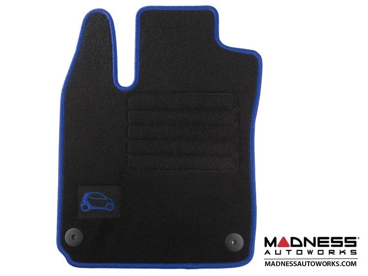 smart fortwo Floor Mats - 453 model - Carpet with Blue Binding