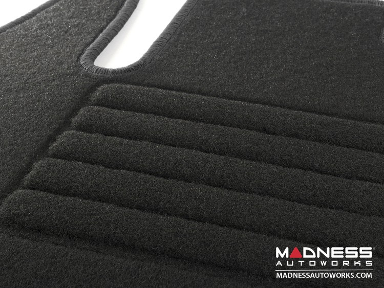 smart fortwo Floor Mats - 453 model - Carpet with Black Binding