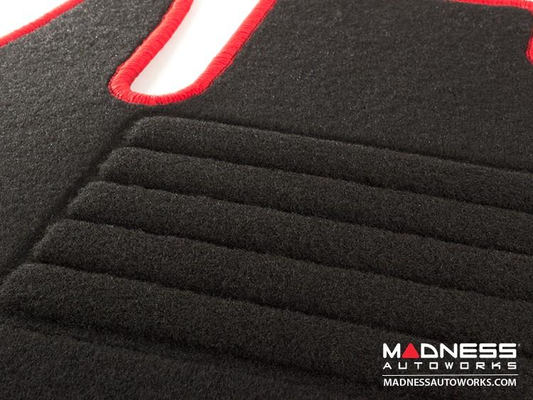 smart fortwo Floor Mats - 453 model - Carpet w/ Red Binding