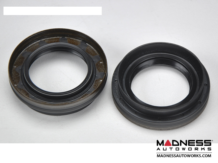smart fortwo Axle Seals (2) - 451 Model