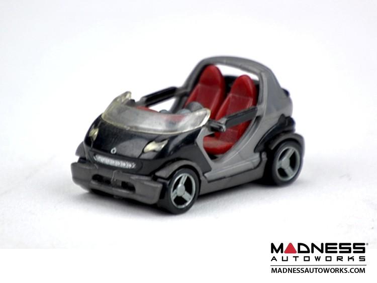 smart fortwo Model (1/72 scale) - Crossblade - Black